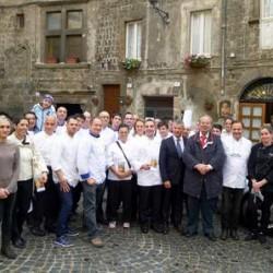 2013_11_09-gruppo-maestri-pasticceri-al-borgo-medioevale-1